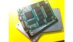 In het binnenste van een SSD tref je geen enkel bewegend onderdeel aan