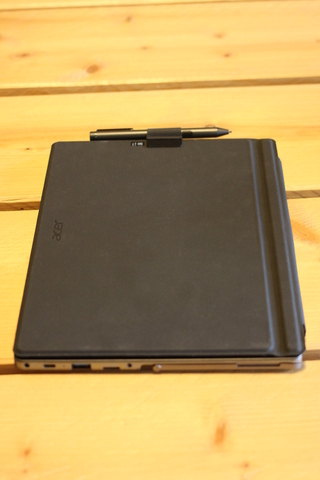 Acer Switch 3: cover
