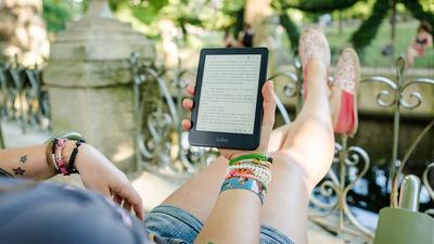 Test: Op de bank met een hele bibliotheek 3 beste E-readers
