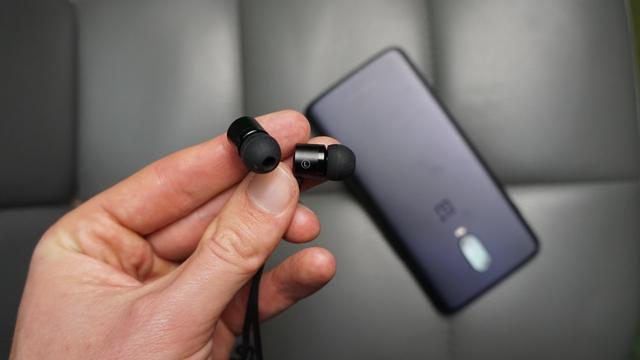 OnePlus type c headphones