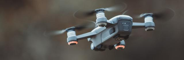 drone vliegen camera