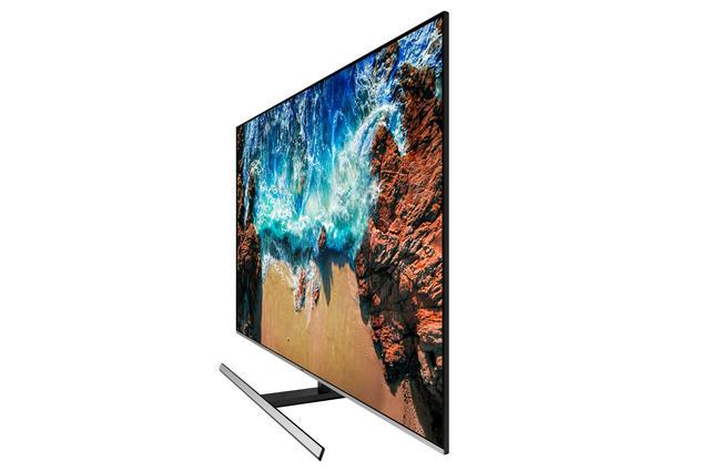 Samsung UE55NU8000 review zijkant