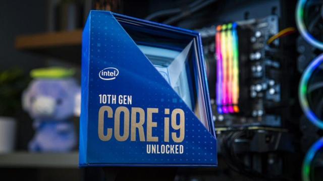 Verpakking van een 'unlocked' tiende generatie Intel Core i9, de Comet Lake-S generatie.