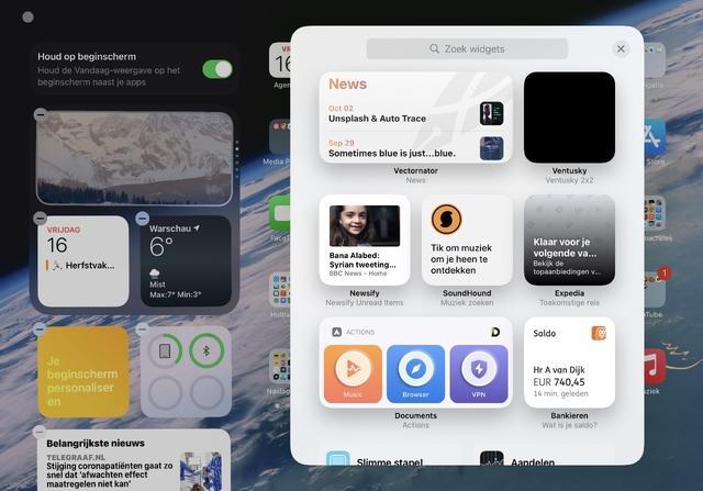 Ook op de iPad zijn de widgets nieuwe stijl bruikbaar, maar alleen op de widgetbalk.