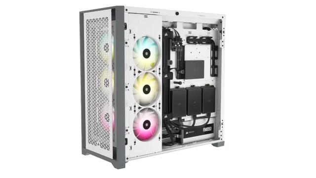 Productfoto van de achterzijde van de 5000D Airflow-computerkast van Corsair.