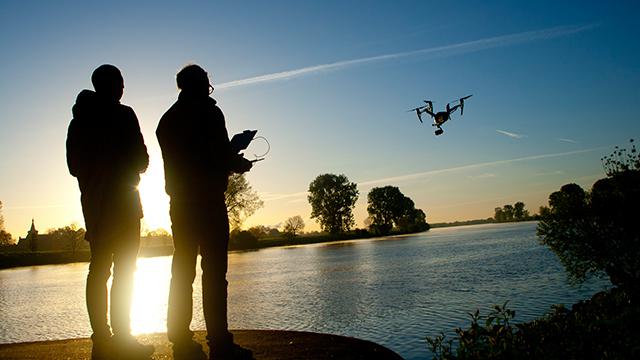 professionele drone-piloot