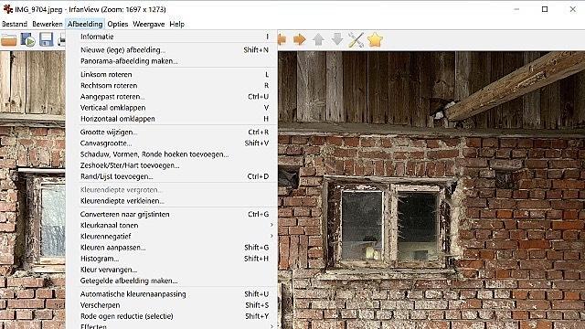 IrfanView is een soort van digitaal Zwitsers zakmes voor alles wat met bekijken en bewerken van beeld van doen heeft.