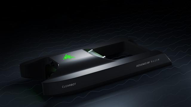 Prototype van de Razer x Clearbot schoonmaakrobot, bedoeld om zelfstandig op zonne-energie plastic op te vissen uit de zee.