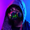 Promotionele foto van een man met het Razer Zephyr-mondmasker.