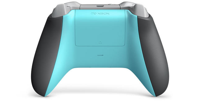 Xbox One controller Grey/Blue back