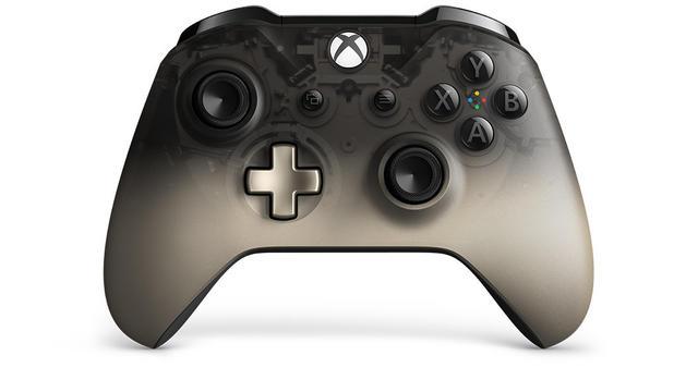 Xbox One controller Phantom Black front