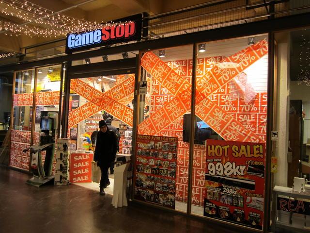 Gamestop, store