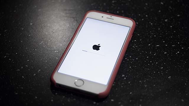 Zet je automatisch updaten n iOS 12 aan of uit?